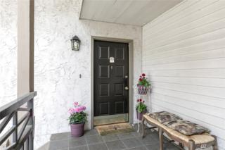 10506 NE 32nd Place G-303, Bellevue, WA 98004 (#1126341) :: Alchemy Real Estate
