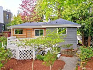 4437 35th Ave W, Seattle, WA 98199 (#1128663) :: Alchemy Real Estate