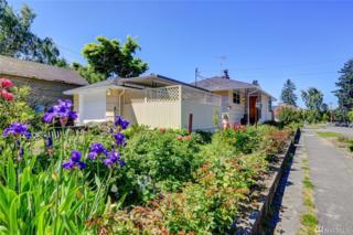 4319 SW Walker St, Seattle, WA 98116 (#1132355) :: The DiBello Real Estate Group