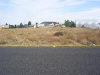 4425 Kathy, Moses Lake, WA 98837 (#659931) :: Ben Kinney Real Estate Team