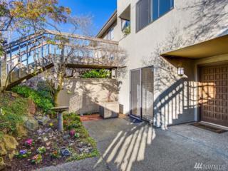 6626 Parkpoint Wy NE D-106, Seattle, WA 98115 (#1080175) :: Ben Kinney Real Estate Team