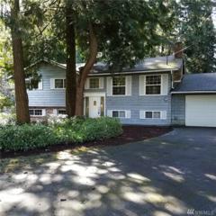 12011 NE 65th St, Kirkland, WA 98033 (#1091086) :: Ben Kinney Real Estate Team