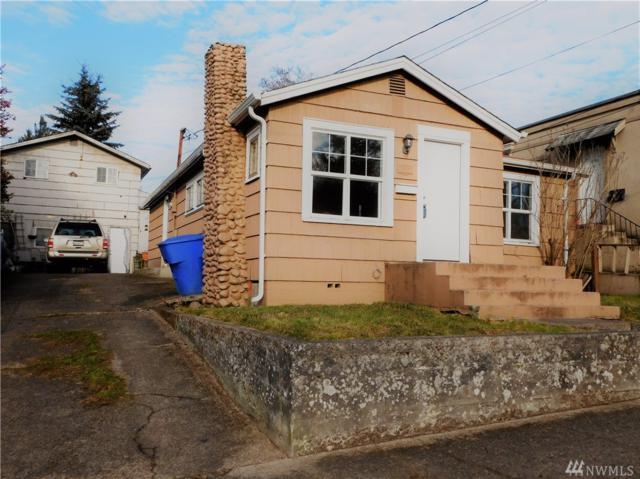 807 Columbia St., Kelso, WA 98626 (#1061092) :: Ben Kinney Real Estate Team