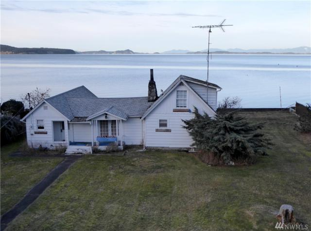 36 E North Camano Dr, Camano Island, WA 98282 (#1064737) :: Ben Kinney Real Estate Team