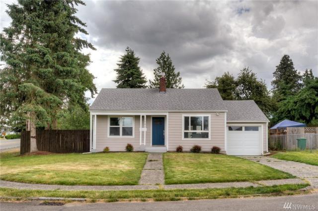 2441 S 121st Place, Seattle, WA 98168 (#1093328) :: Ben Kinney Real Estate Team