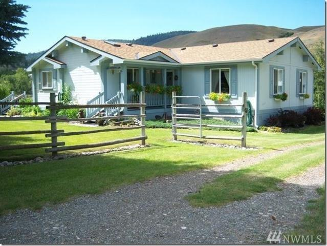 2196 Chesaw Rd, Oroville, WA 98844 (#1109780) :: Ben Kinney Real Estate Team