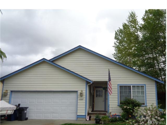 1227 Juniper Place, Mount Vernon, WA 98273 (#1111360) :: Ben Kinney Real Estate Team