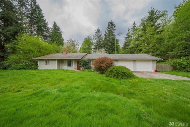 2860 Viewmont Place, Camano Island, WA 98282 (#1113519) :: Ben Kinney Real Estate Team
