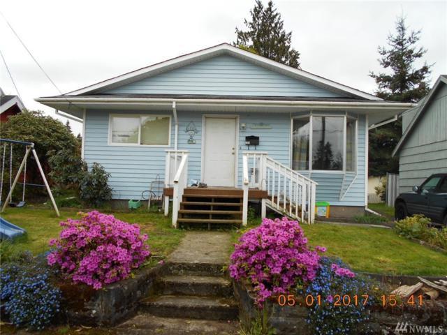 704 Burcham St, Kelso, WA 98626 (#1114230) :: Ben Kinney Real Estate Team
