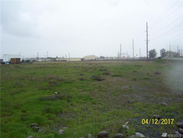 4121 Stratford Rd, Moses Lake, WA 98837 (MLS #1117980) :: Nick McLean Real Estate Group