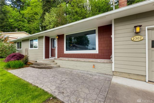 2302 Cedar Place, Longview, WA 98632 (#1119847) :: Ben Kinney Real Estate Team