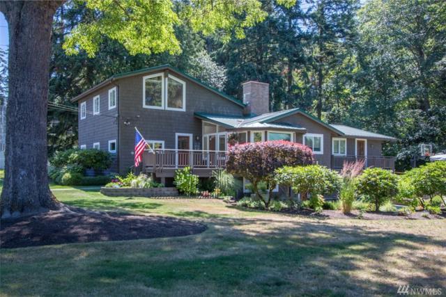 9575 NE Viewcrest Ave, Bainbridge Island, WA 98110 (#1120382) :: Ben Kinney Real Estate Team