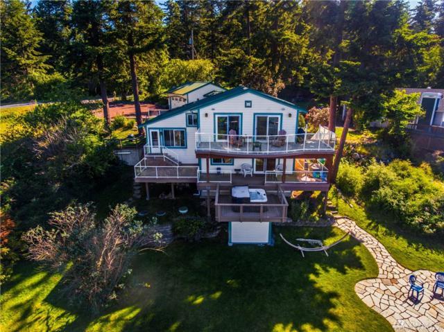 7493 Holiday Blvd, Anacortes, WA 98221 (#1124804) :: Ben Kinney Real Estate Team