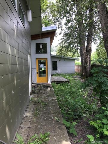 11858 44th Ave S, Tukwila, WA 98178 (#1129475) :: Ben Kinney Real Estate Team