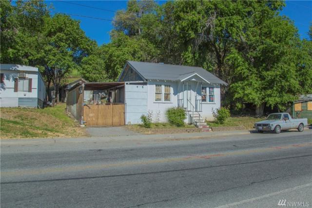 1736 S Mission St, Wenatchee, WA 98801 (#1131765) :: Ben Kinney Real Estate Team