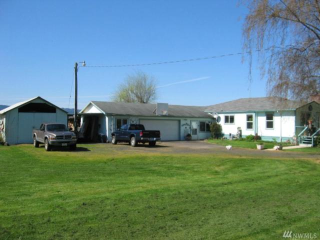 345 E Sunny Sands Rd, Cathlamet, WA 98612 (#1133048) :: Ben Kinney Real Estate Team