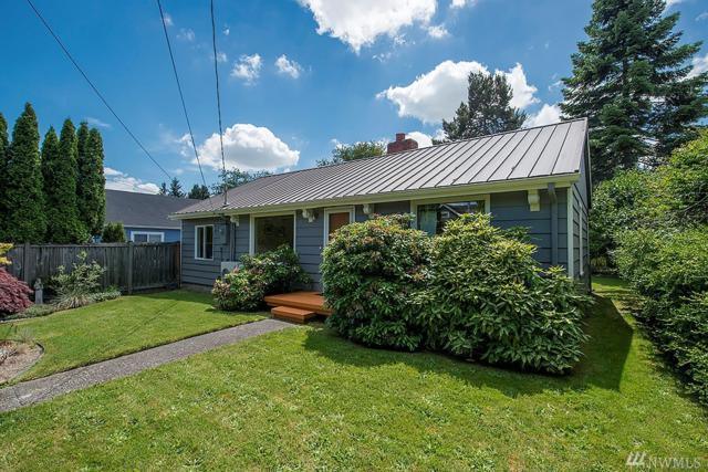 8437 Seward Park S, Seattle, WA 98118 (#1134725) :: Alchemy Real Estate
