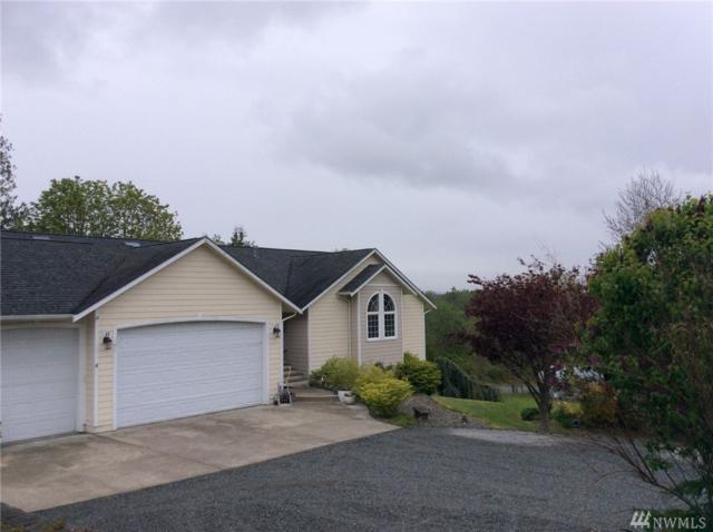 211 Vista Del Mar St, Camano Island, WA 98282 (#1134970) :: Ben Kinney Real Estate Team