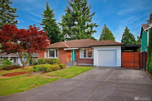 3233 NE 90th St, Seattle, WA 98115 (#1135930) :: Ben Kinney Real Estate Team
