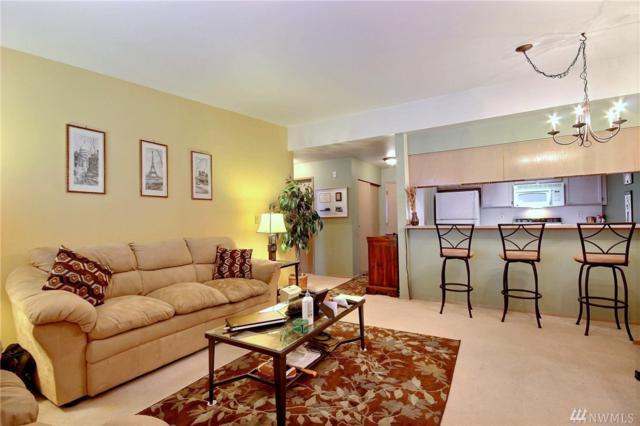 11223 Corliss Ave N #303, Seattle, WA 98113 (#1138415) :: Ben Kinney Real Estate Team