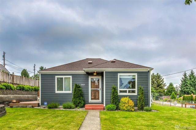 2819 17th St, Everett, WA 98201 (#1138802) :: Ben Kinney Real Estate Team