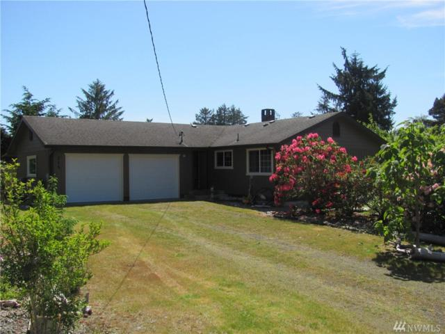 215 Maple, Westport, WA 98595 (#1139331) :: Ben Kinney Real Estate Team