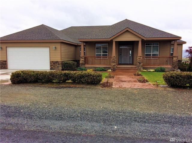 325 NE Widmer Dr, Royal City, WA 99357 (#1139361) :: Ben Kinney Real Estate Team