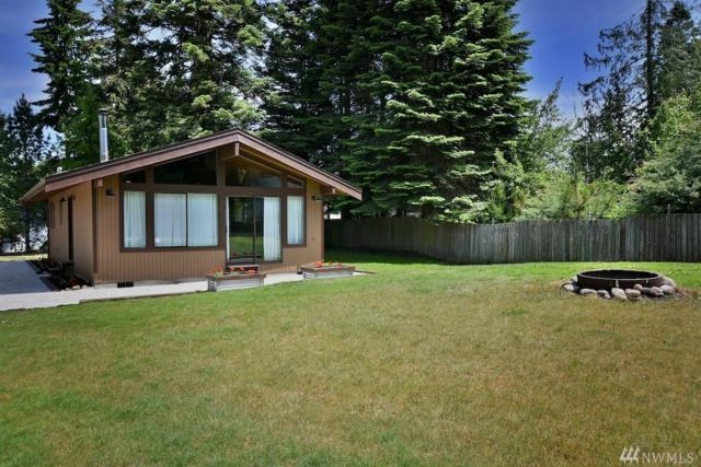 1554 Silver Fir Rd, Camano Island, WA 98282 (#1139916) :: Ben Kinney Real Estate Team