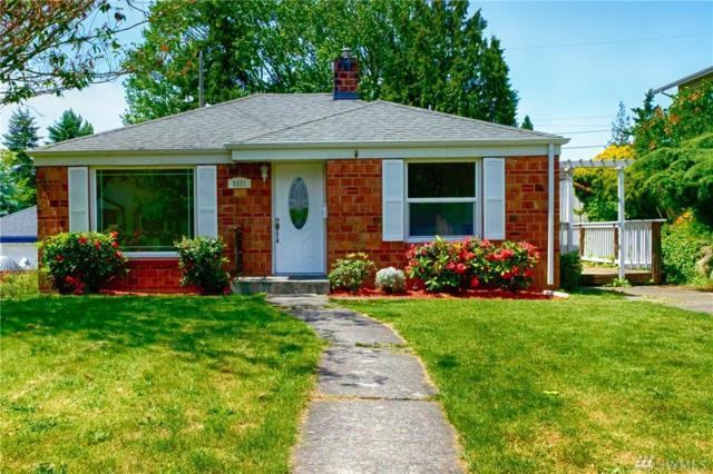 8821 36th Ave SW, Seattle, WA 98126 (#1139970) :: Ben Kinney Real Estate Team