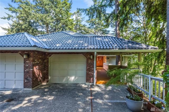 9725 SE 43rd St, Mercer Island, WA 98040 (#1141148) :: Ben Kinney Real Estate Team