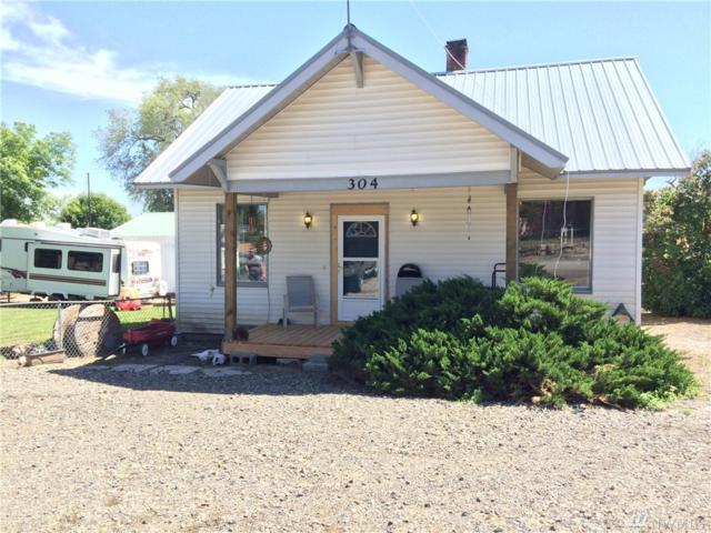 304 W Ash, Waterville, WA 98858 (#1141875) :: Ben Kinney Real Estate Team