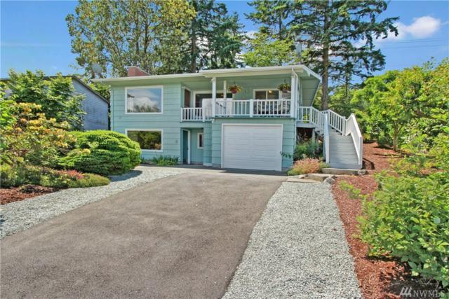 1312 Country Club Dr, Camano Island, WA 98282 (#1141938) :: Ben Kinney Real Estate Team