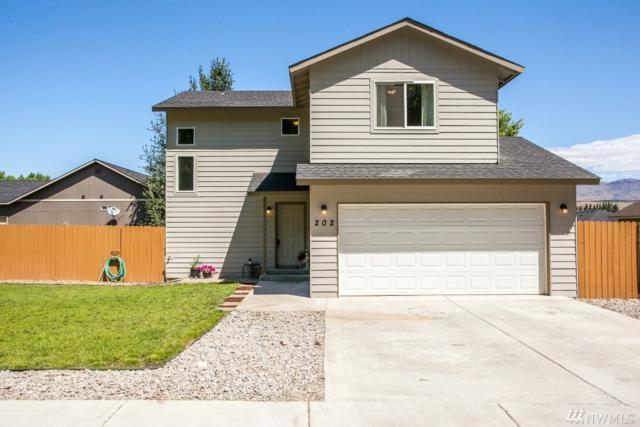 202 Sweetheart Lane, Malaga, WA 98828 (#1143260) :: Ben Kinney Real Estate Team