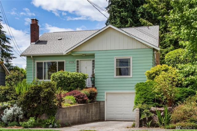12021 Fremont Ave N, Seattle, WA 98133 (#1143267) :: Ben Kinney Real Estate Team