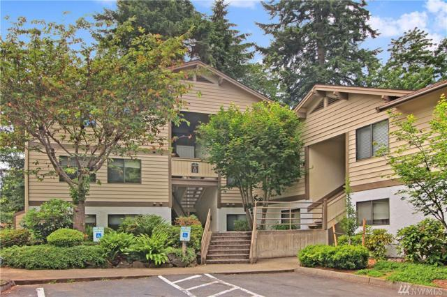 218 NE Dogwood St A-301, Issaquah, WA 98027 (#1143572) :: Ben Kinney Real Estate Team