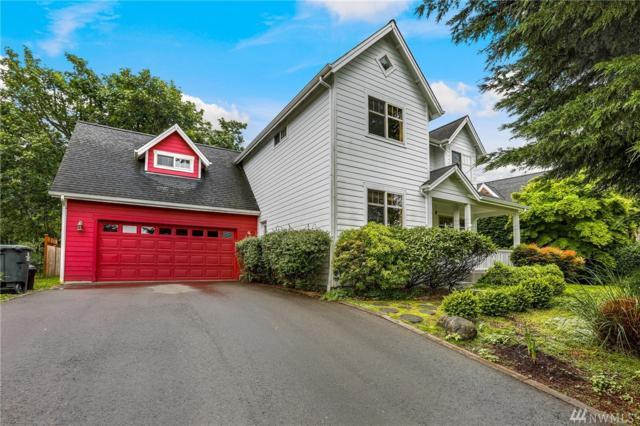 2000 Douglas Dr NE, Bainbridge Island, WA 98110 (#1143763) :: Ben Kinney Real Estate Team