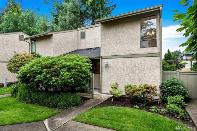 10048 NE 138th Place I1, Kirkland, WA 98034 (#1143949) :: Ben Kinney Real Estate Team