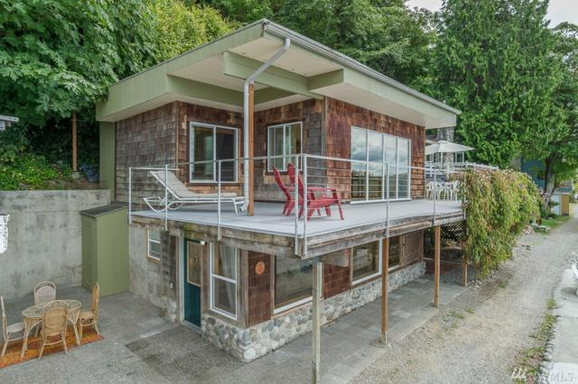 25626 Bates Walk SW, Vashon, WA 98070 (#1144125) :: Ben Kinney Real Estate Team