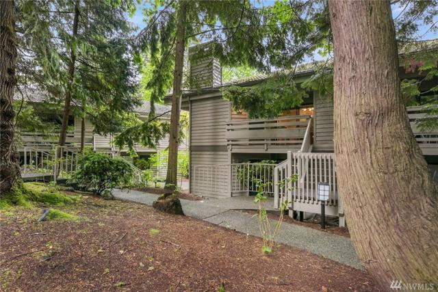 1296 Bellevue Wy NE #4, Bellevue, WA 98004 (#1144443) :: Ben Kinney Real Estate Team