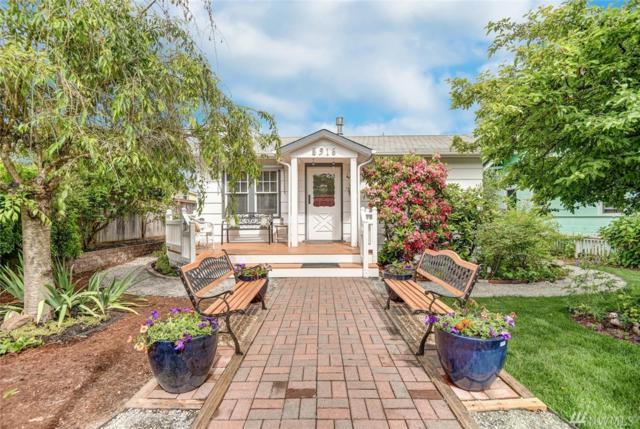 5916 41st Ave SW, Seattle, WA 98136 (#1144537) :: Ben Kinney Real Estate Team