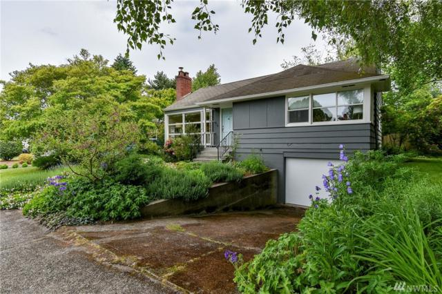 8220 40th Ave NE, Seattle, WA 98115 (#1144550) :: Ben Kinney Real Estate Team