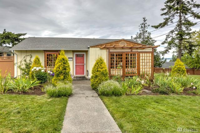 302 NE 5th St, Coupeville, WA 98239 (#1144862) :: Ben Kinney Real Estate Team