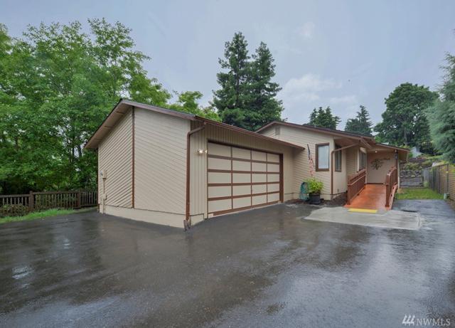 2614 SW 112th St, Seattle, WA 98146 (#1145083) :: Ben Kinney Real Estate Team