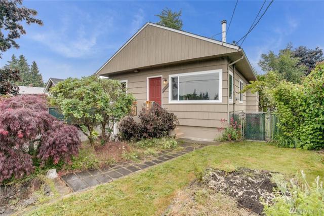 11054 19th Ave SW, Seattle, WA 98146 (#1146643) :: Ben Kinney Real Estate Team