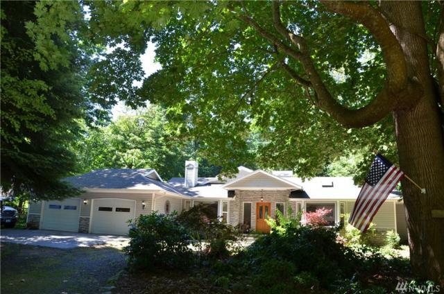 2644 SE Camano Dr, Camano Island, WA 98282 (#1146776) :: Ben Kinney Real Estate Team