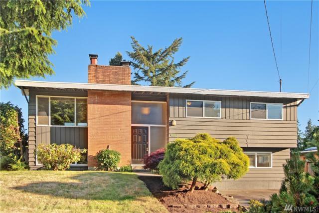 7110 191st Place SW, Lynnwood, WA 98036 (#1146947) :: Ben Kinney Real Estate Team