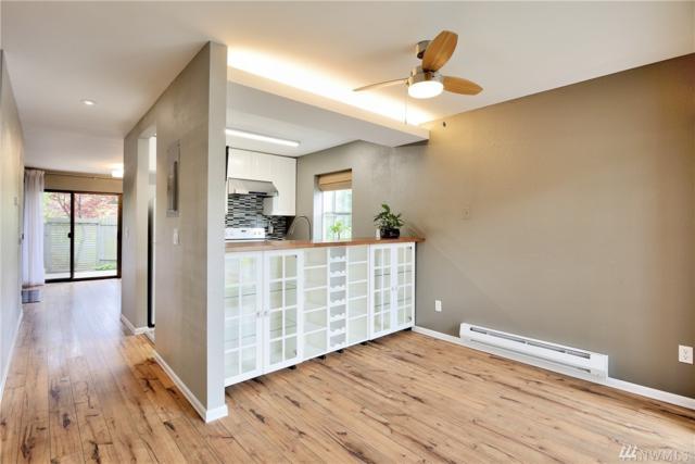 22701 Lakeview Dr D8, Mountlake Terrace, WA 98043 (#1147352) :: Ben Kinney Real Estate Team