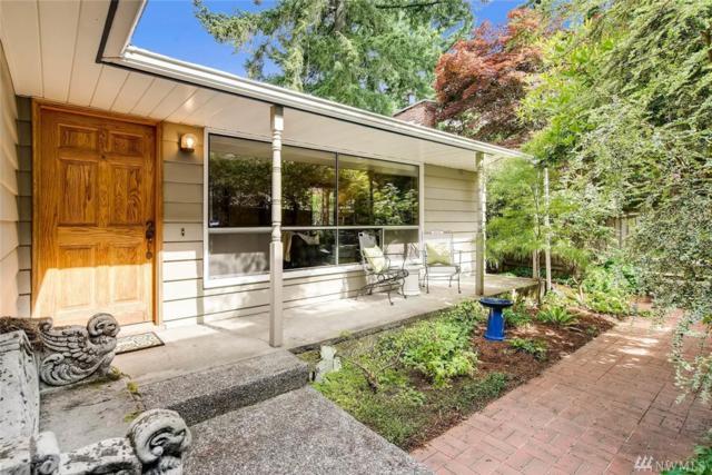 811 NE 120th St, Seattle, WA 98125 (#1147414) :: Ben Kinney Real Estate Team