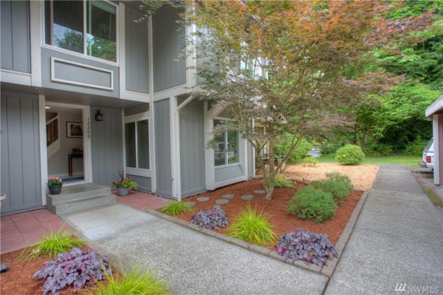 12209 NE 148th Ct, Kirkland, WA 98034 (#1148153) :: Ben Kinney Real Estate Team