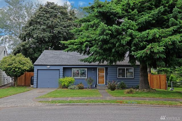 2434 S 121st St, Seattle, WA 98168 (#1148203) :: Ben Kinney Real Estate Team